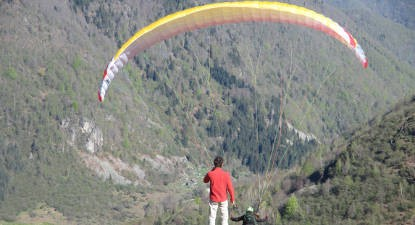 Initiation au pilotage de parapente près de Foix