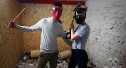 Défouloir dans une Rage Room à Paris